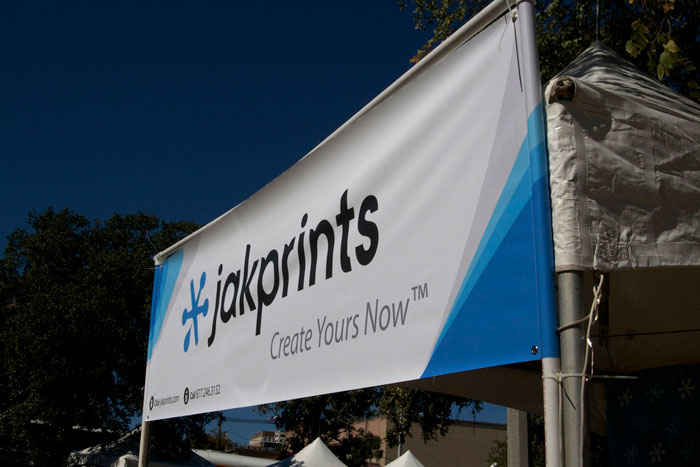 Vinyl Banners vs. Paper or Fabric