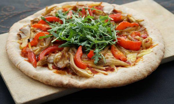 vegans eat pizza